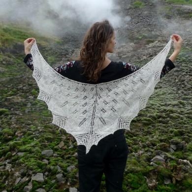 Brennu Njàl shawl