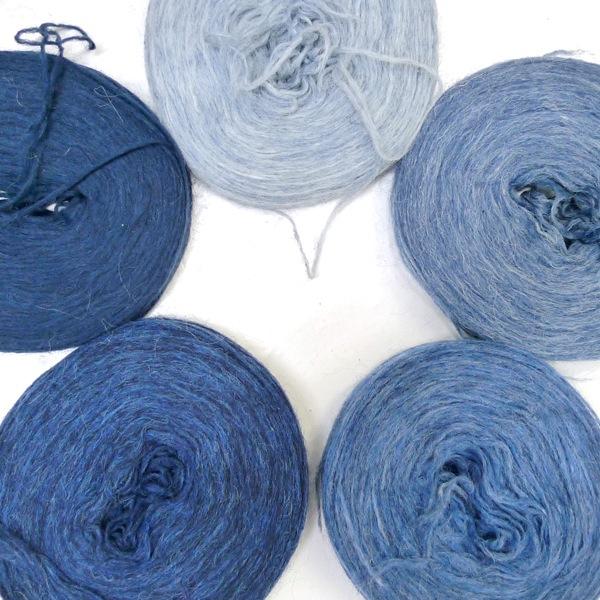 Knitting on Ice - The Icelandic knitter - Lopi yoke sweater (8)