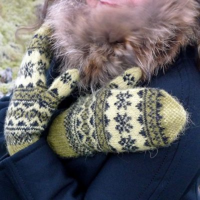 Mosi Mittens traditional Icelandic stranded mittens knitted with Gryla Icelandic yarn (5)