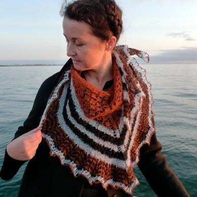 Icelandic Spring Shawl: Love Story yarn in Rust Viking, Askja Blue and Raven Black