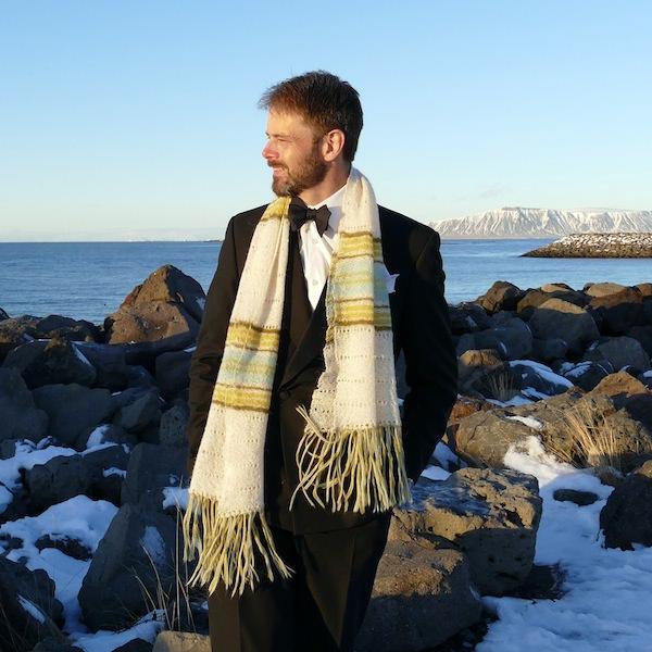 Knitting Vacations Iceland : Hila s shawl icelandic knitter hélène magnússon