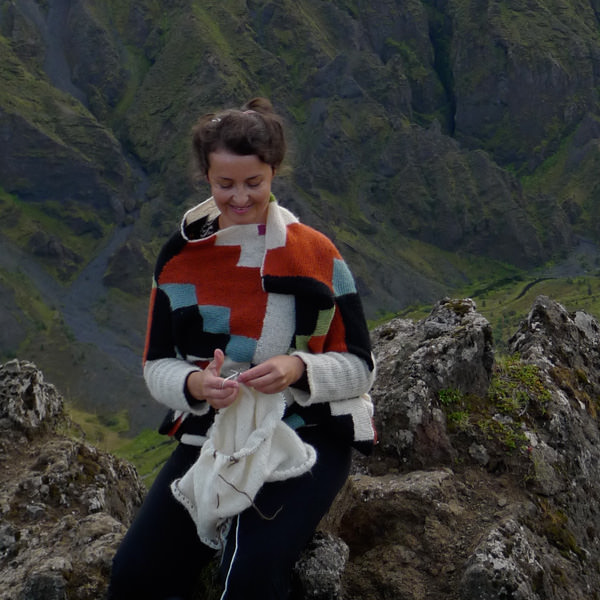 Knitting Vacations Iceland : Fimmvörðuháls icelandic knitter hélène magnússon