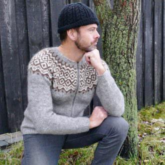 Gamallegur sweater