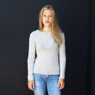 HB01 sweater